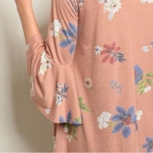 Made in USA Dresses - 🌺Pastel Bell Sleeve Dress 🌺